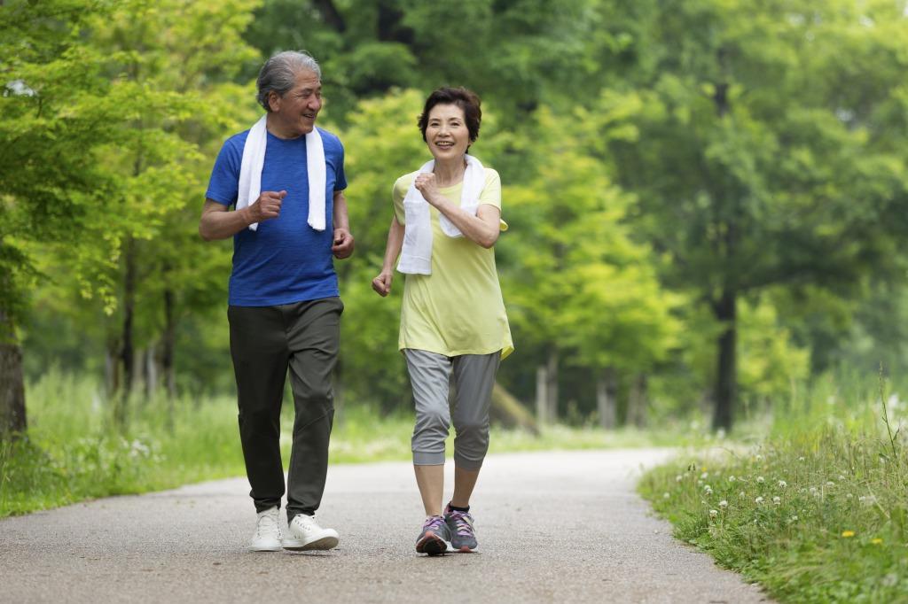 無理のない範囲で運動の習慣をつけるイメージ
